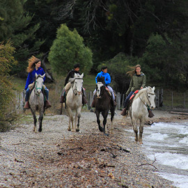 Turismo Joven Cabalgatas