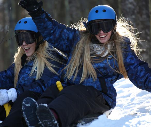 Atividades com trenó na neve