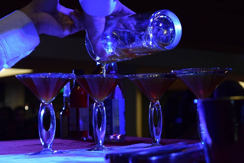 Una fiesta en la final del Certamen de Coctelería