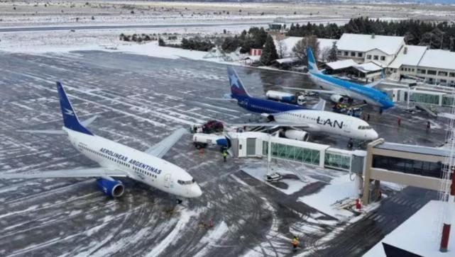 Se triplicó la llegada de extranjeros a Bariloche por avión